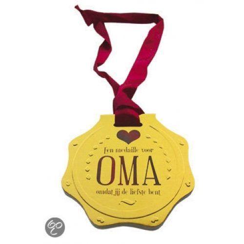 Boek;Een medaille voor Oma