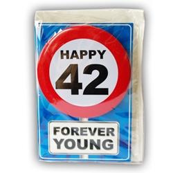 Happy Age Card met Button 42 jaar