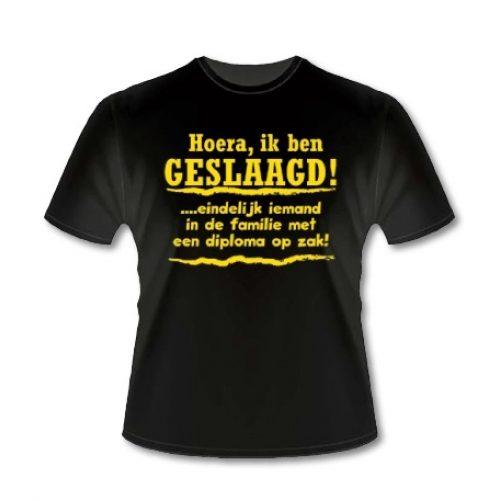 Slogan T-shirt 'Geslaagd diploma'
