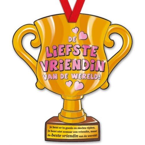 Trophy met Lint 22-Liefste vriendin