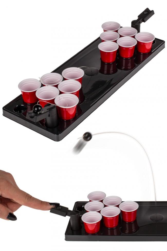 Drankspel Beerpong met Speelveld en Bal