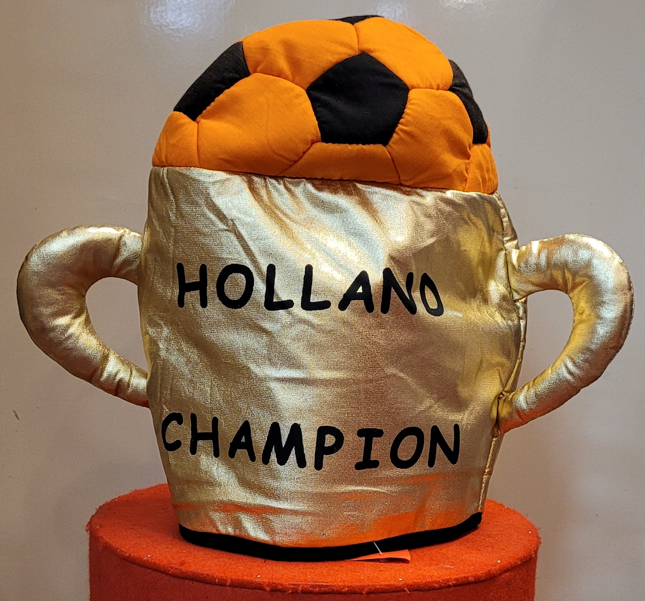 """Hoed Gouden Cup """"HOLLAND CHAMPION"""""""